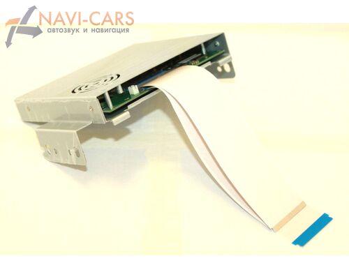 Мультимедийный навигационный блок RDL-04 для Toyota Camry V70 на Android 8.0