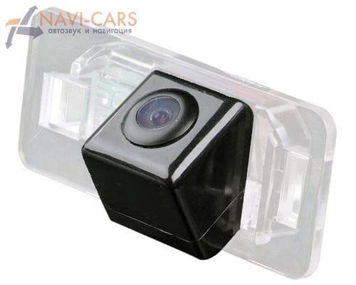 Камера заднего вида BMW 3 (E46/E90/F30), 5 (E39/E60/F10), 7 (E38/E65/F01), X1 (E84/F48), X3 (E83/F25), X5 (E53/E70), X6 (E71) (cam-064)